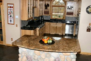 StoneCrafters Table Tops, Kitchen Counters And Islands And Bathroom Vaities  All Reflect The Beauty Of Granite Along With Excpetional Workmanship.